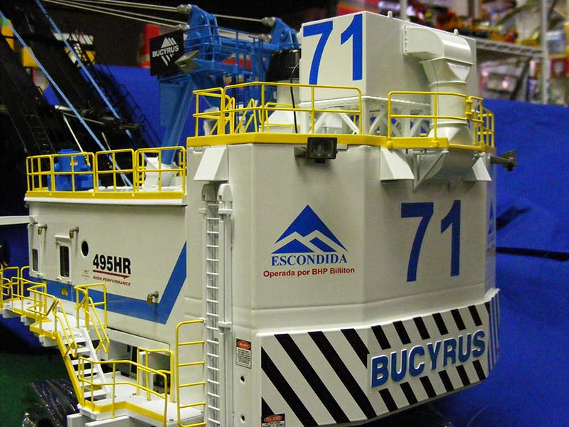 Bucyrus 495 shovel decaled for Escondida mine
